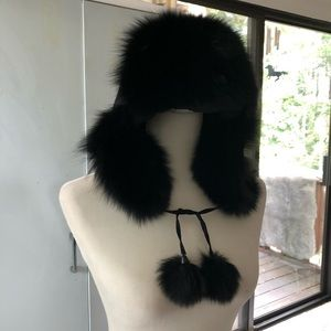 Like new, vintage fox fur winter cap